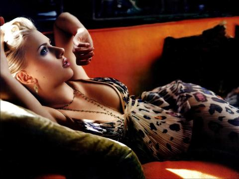 scarlett-johansson-wallpapers-3